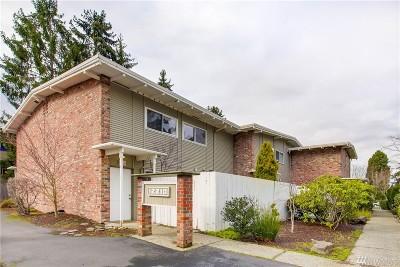 Bellevue Condo/Townhouse For Sale: 12210 SE 60th St #12