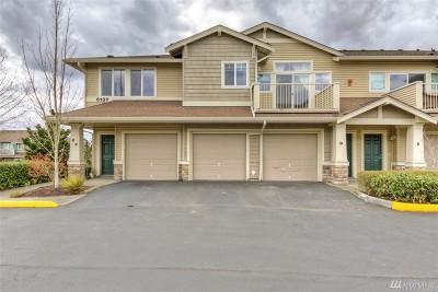 Auburn Condo/Townhouse For Sale: 6137 Hazel Lp SE #D