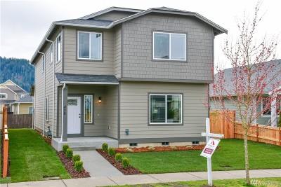 Enumclaw Single Family Home For Sale: 428 Bondgard Ave E