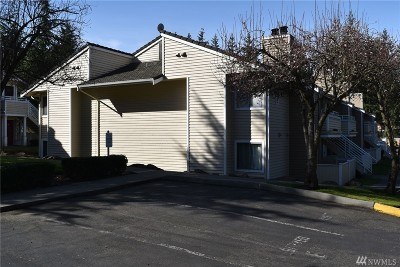Mountlake Terrace Condo/Townhouse For Sale: 21301 52nd Ave W #B110