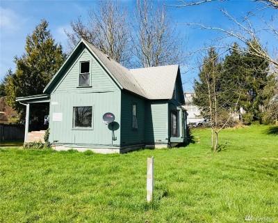 Milton Single Family Home For Sale: 410 Emerald St