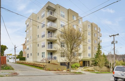 Seattle Condo/Townhouse For Sale: 3120 SW Avalon Wy #402
