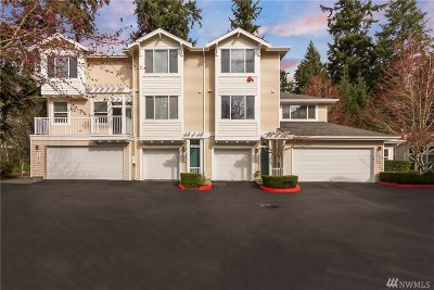 Bothell Condo/Townhouse For Sale: 11930 NE 164th Lane #30-3