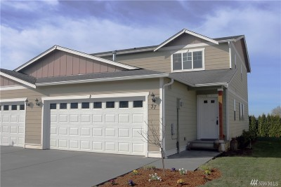Lynden Condo/Townhouse Sold: 2200 Greenview Cir #37