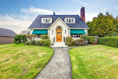 Tacoma Single Family Home For Sale: 2714 Garfield Rd