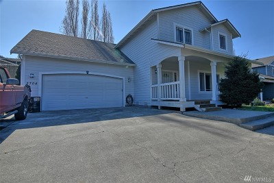 Mount Vernon Single Family Home For Sale: 3704 Seneca Dr