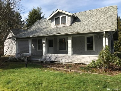 Lacey Single Family Home For Sale: 823 Lacey St SE