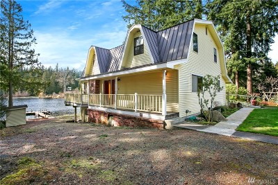 Clinton WA Single Family Home For Sale: $679,000