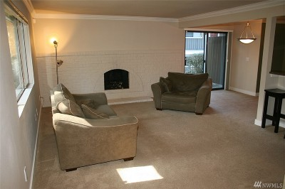 Federal Way Condo/Townhouse For Sale: 2117 SW 318th Place #A