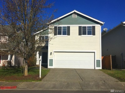 Renton Single Family Home For Sale: 2568 NE 2nd Place