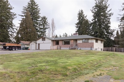 Lynnwood Single Family Home For Sale: 17405 64th Ave W