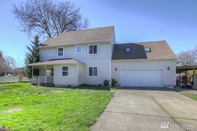 Yacolt Single Family Home For Sale: 404 N Ankeny Ave