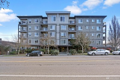 Condo/Townhouse Sold: 3015 SW Avalon Wy #302