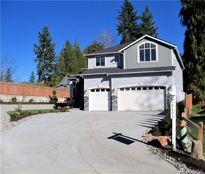 Lynnwood Single Family Home For Sale: 3929 Serene Wy