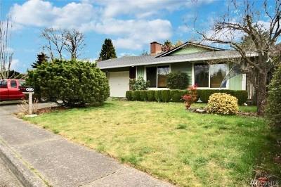 Renton Single Family Home For Sale: 1624 Camas Ave NE