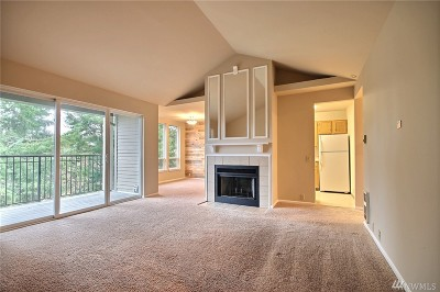 Tacoma Condo/Townhouse For Sale: 625 N Jackson Ave #A-23