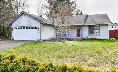 Spanaway Single Family Home For Sale: 8712 204th St Ct E