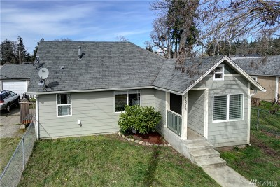 Lakewood Single Family Home For Sale: 15012 Grant Ave SW