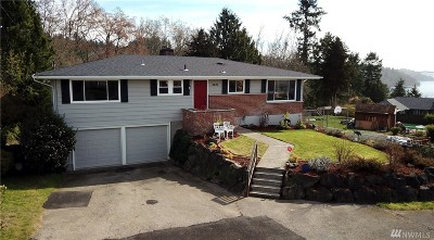 Burien Single Family Home For Sale: 2403 SW 122nd Place