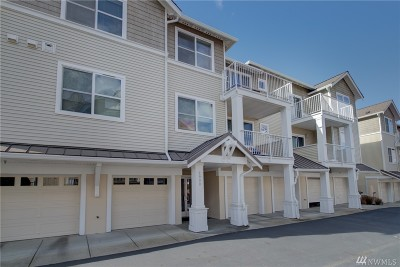 Seattle Condo/Townhouse For Sale: 2990 SW Raymond St #302
