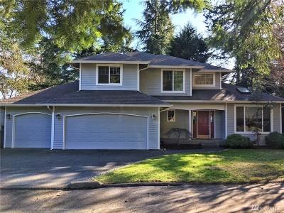 Kenmore Single Family Home For Sale: 6039 NE 201st Lane
