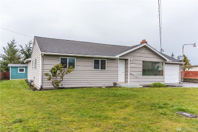 Oak Harbor WA Single Family Home For Sale: $284,900