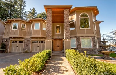 Issaquah Single Family Home For Sale: 4927 193rd Place SE