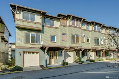 Bothell Condo/Townhouse For Sale: 2115 201st Place SE #J1