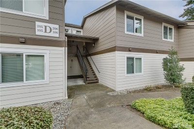 Kirkland Condo/Townhouse For Sale: 12621 NE 130th Wy #D-206