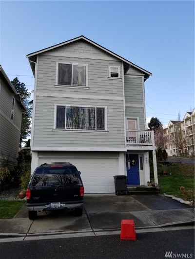 Everett Condo/Townhouse For Sale: 1102 Chestnut St