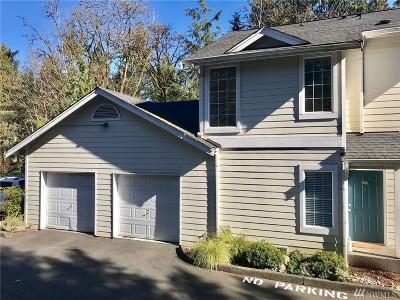 Renton Condo/Townhouse For Sale: 3800 NE Sunset Blvd #D101