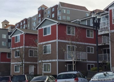 Tacoma Condo/Townhouse For Sale: 218 Broadway #6