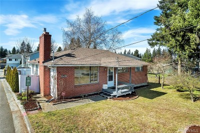 Everett Single Family Home For Sale: 7810 Beverly Lane