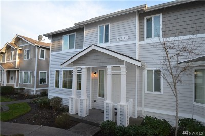 Pierce County Condo/Townhouse For Sale: 2115 Bobs Hollow Lane #B