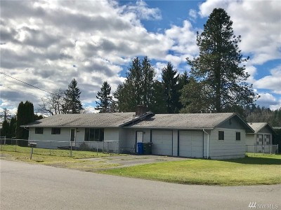 Centralia Single Family Home For Sale: 2207 N Tower