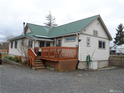 Single Family Home For Sale: 1466 State Hwy 6
