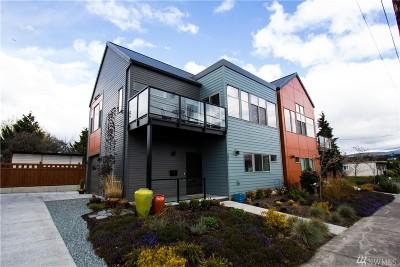 Bellingham Single Family Home For Sale: 502 Halleck St