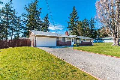 Oak Harbor Single Family Home For Sale: 1329 Orchard Loop