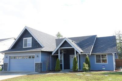 Blaine Single Family Home For Sale: 4619 Elmwood Dr