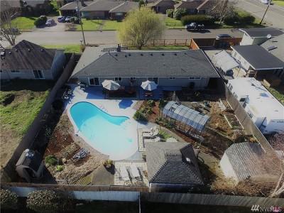 Auburn Single Family Home For Sale: 2126 J St NE