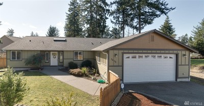 Spanaway Single Family Home For Sale: 2004 172nd St E