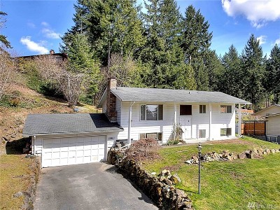 Edgewood Single Family Home For Sale: 10810 47th St E
