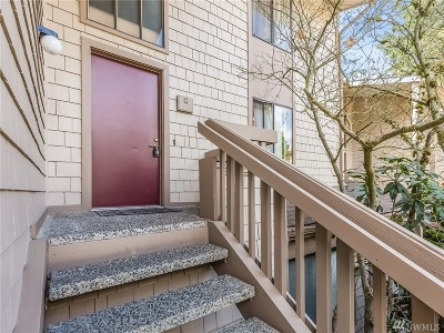 Seattle Condo/Townhouse For Sale: 13730 15th Ave NE #G202