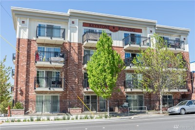 Bellingham Condo/Townhouse Sold: 1001 N State St #302