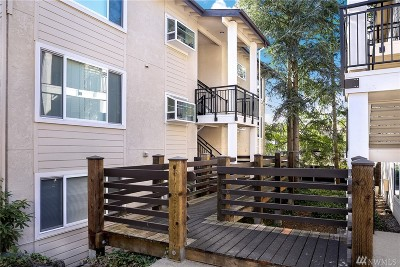 Bellevue Condo/Townhouse For Sale: 701 136th Place NE #B6