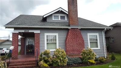 Centralia Single Family Home For Sale: 212 N Oak St