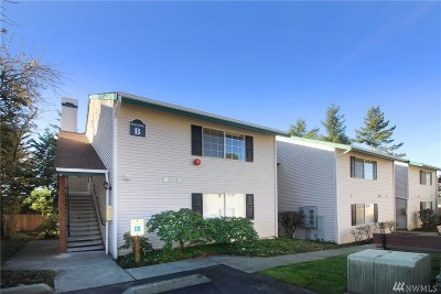 Renton Condo/Townhouse For Sale: 4231 NE 5th St #B201