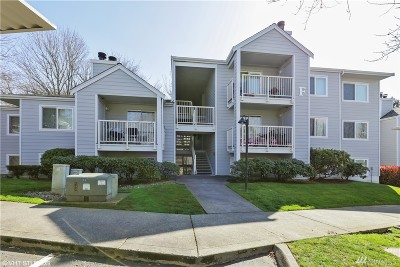Renton Condo/Townhouse For Sale: 975 Aberdeen Ave NE #F202