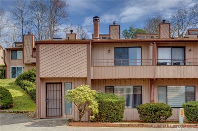 Seattle Condo/Townhouse For Sale: 12426 73rd Lane S #32
