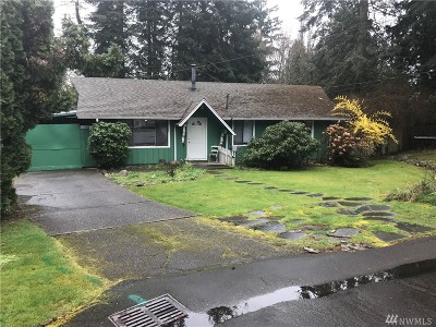 Kirkland Single Family Home For Sale: 8725 NE 135th Place
